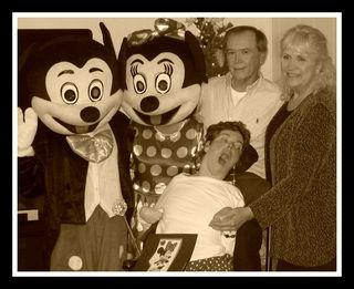 Lisa with Minnie & Mickey